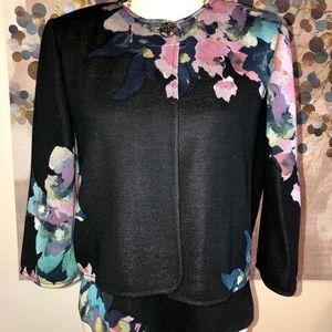 🌺 St. John sweater set, sleeveless and jacket